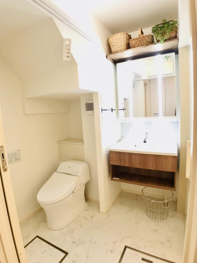 鎌倉市戸建て築約15年トイレ・洗面台りのべ